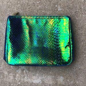 🔥💕 NWT Tarte metallic mermaid cosmetic bag